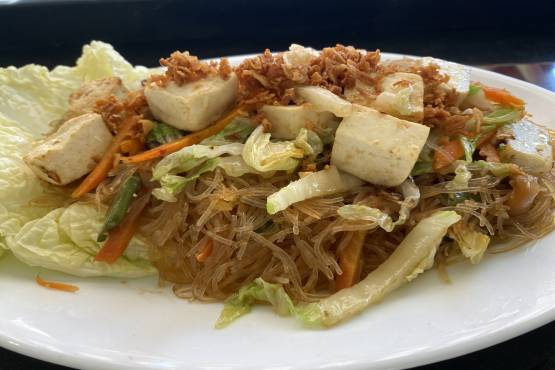 Fried Noodles with Tofu and Vegetables  - Pancit Sotanghon
